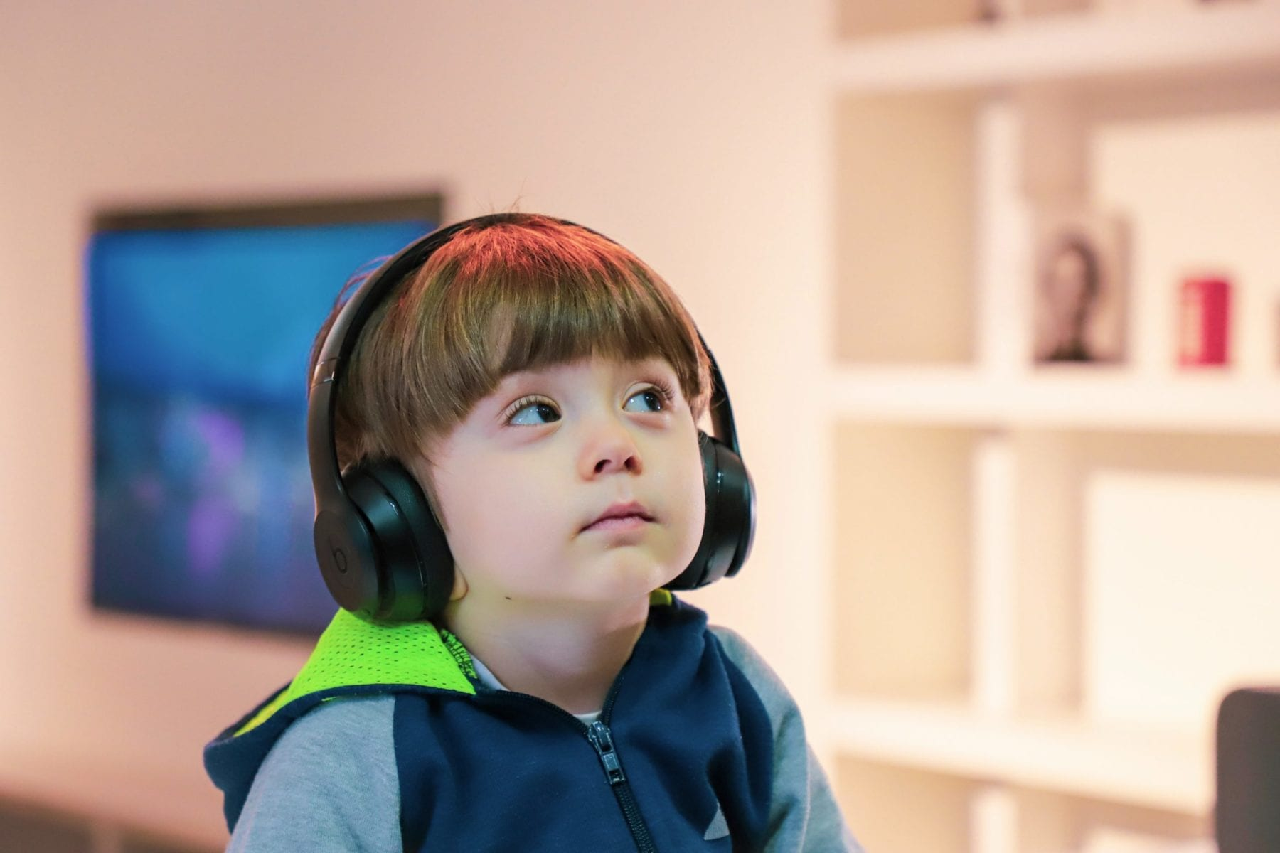 Science podcasts you can listen to with your kids